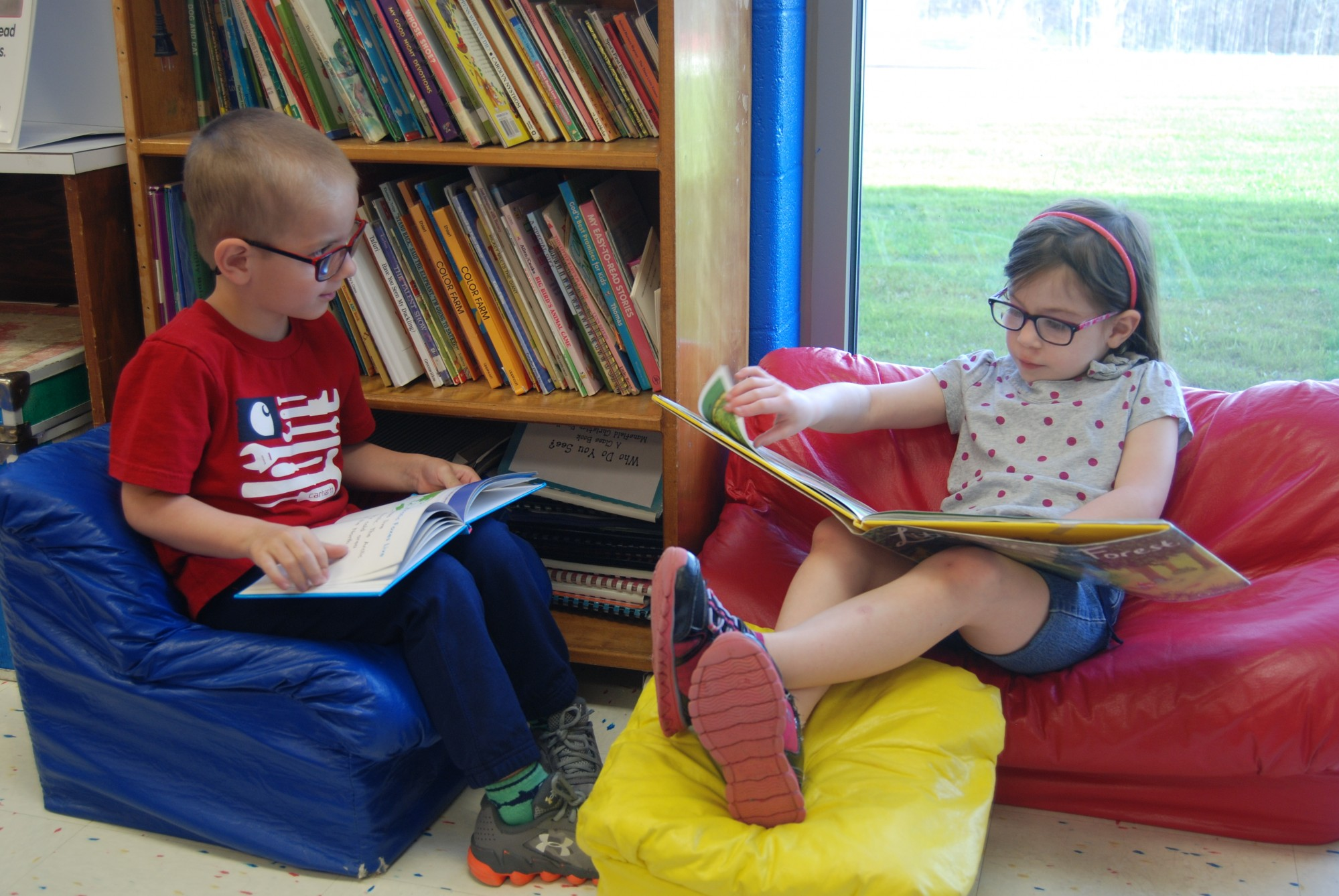 girl, boy, reading, books, prek, mansfield christian school, mansfield, ohio